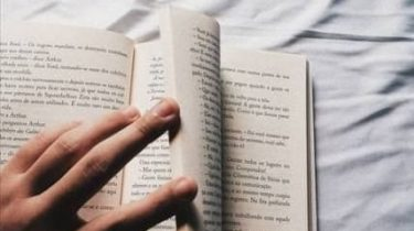7 книги които ще ви спасят от скуката
